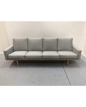 Hans Wegner GE 235/4 Sofa Getama