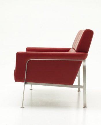 Arne Vodder AV56 Armchair