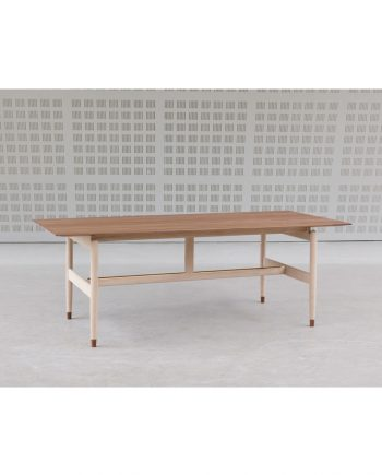 Kaufmann table | Finn Juhl | Onecollection
