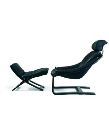 Skipper Kroken Chair and Footstool Black