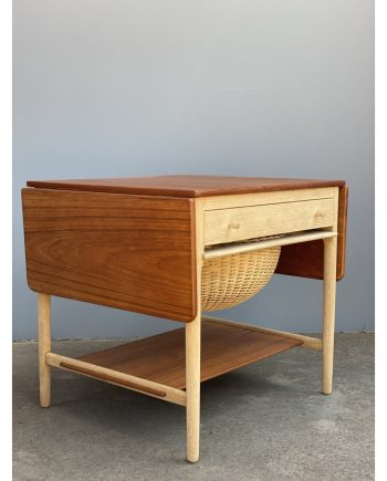 Vintage Sewing Table | Teak and Oak | Hans Wegner | Leaves Folded