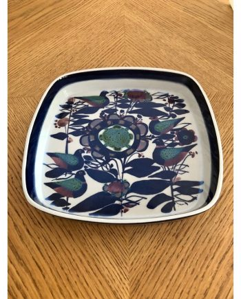 Square Fajance ceramic dish | Kari Christiansen | Aluminia - Royal Copenhagen