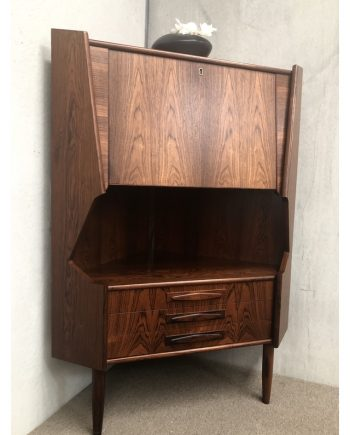 Danish Vintage Corner Unit | Rosewood | Closed