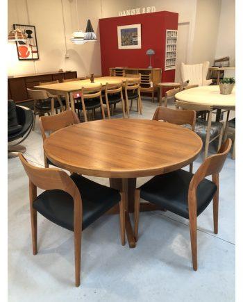 Midcentury Vintage Danish Round Extension Table | Teak | Closed