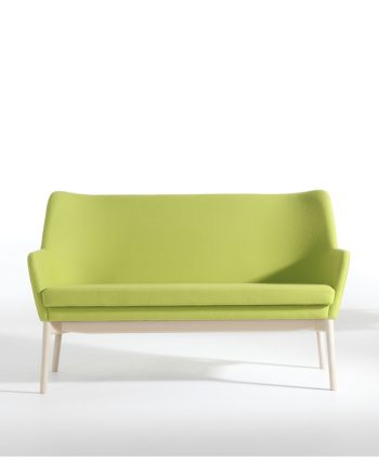 Skipper UNI Sofa | Fabric | Beech Legs