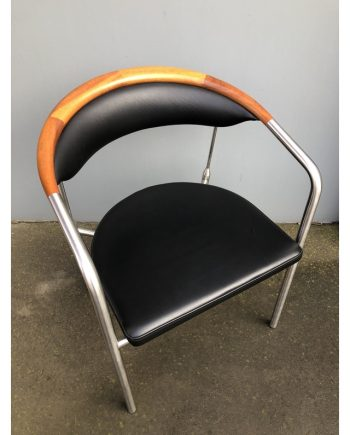 One Collection | Chairman Chair by Henrik Tengler